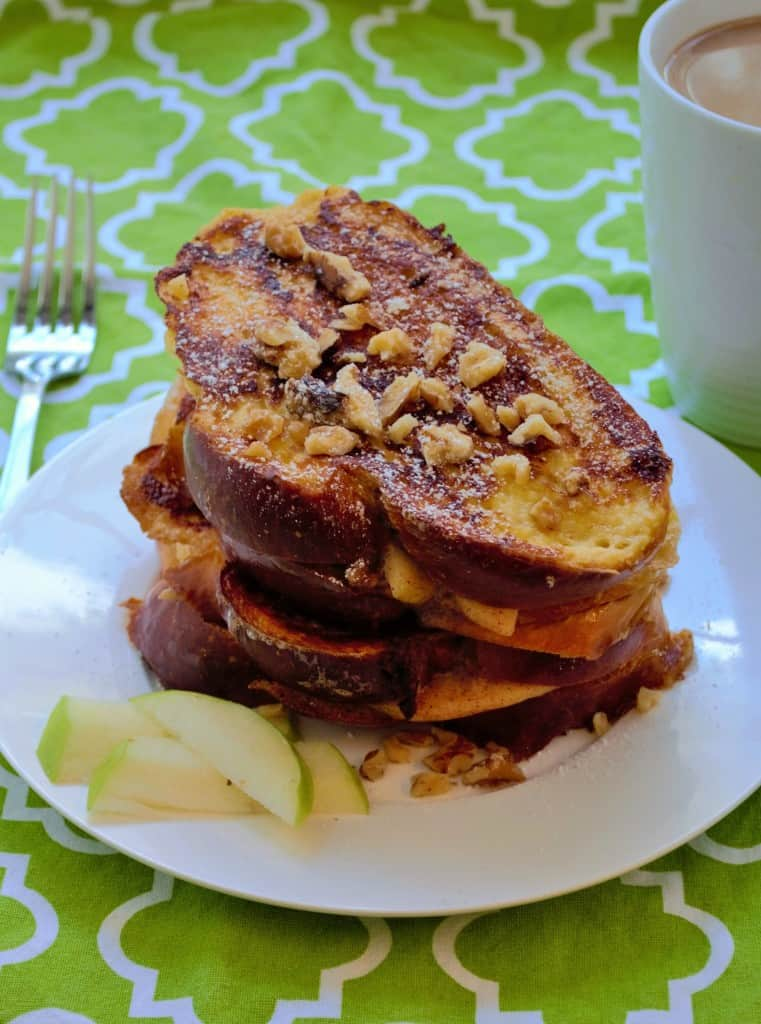 Apple Marscapone Stuffed French Toast | This Apple Marscapone Stuffed French Toast is decadent, over indulgent and a delicious treat any way you look at it. | Pack Momma | https://packmomma.com