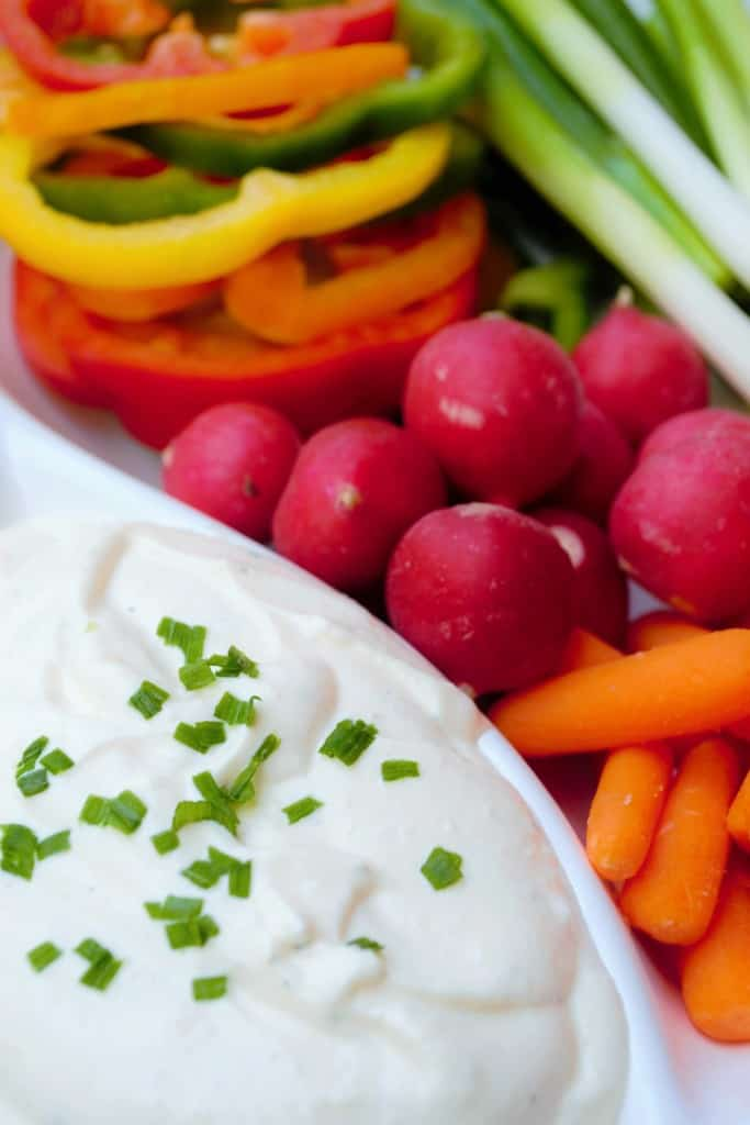 Homemade Ranch Dip | Homemade Ranch Dip is quick and easy and THIS ranch dip is better than any you will buy in the store. You will be amazed at how good this really is! | Pack Momma | www.packmomma.com
