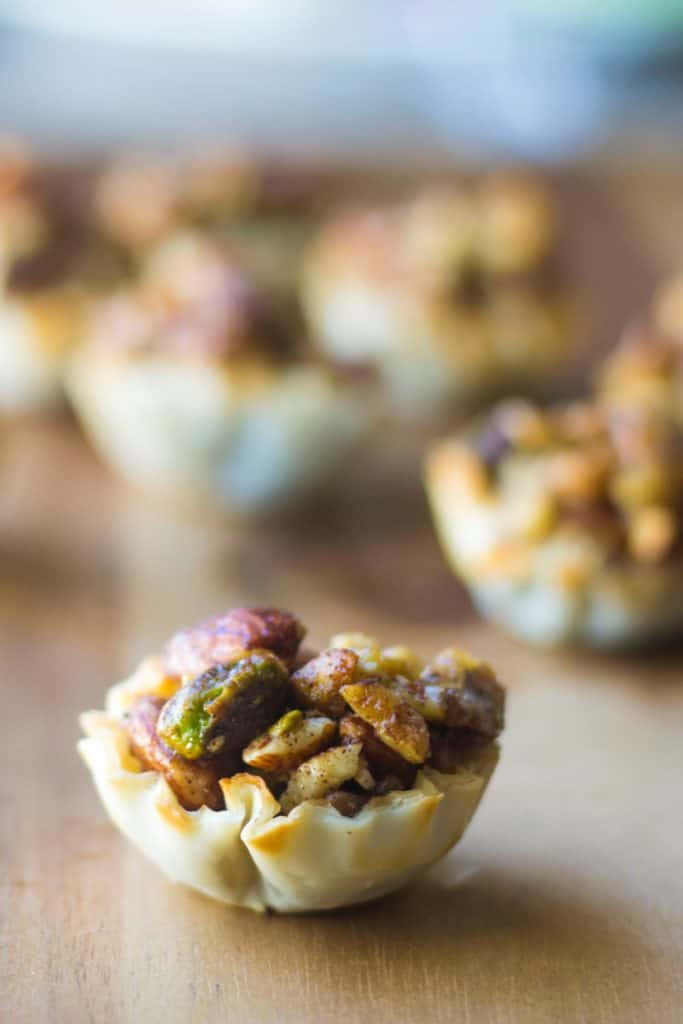 Baklava Cups | Baklava Cups are your new best friend this holiday season. Baklava without all of the mess but with all of the sweet buttery flavor.. and super cute too!! | Pack Momma | https://www.packmomma.com
