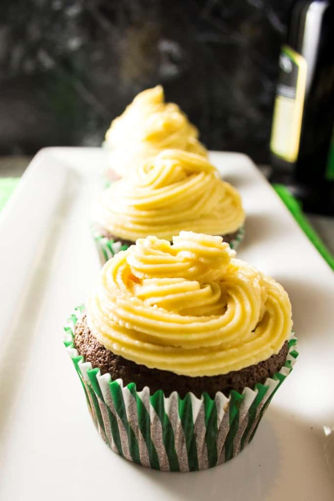 Irish Cream Chocolate Cupcakes  - Pack Momma