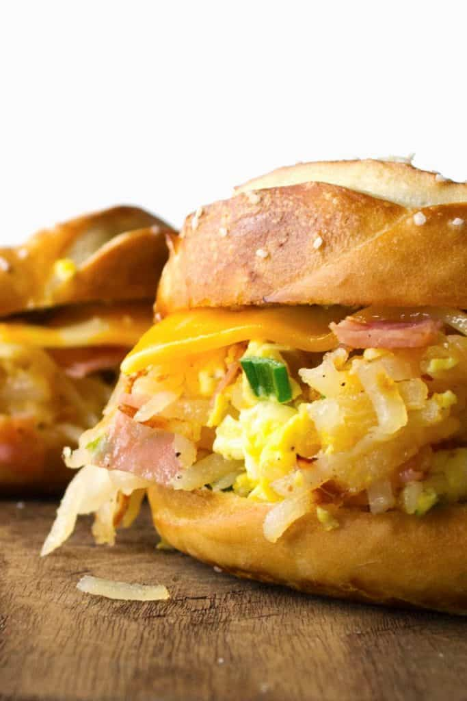Scramble Bagel Sandwich   Scramble Bagel Sandwich is a quick, delicious fix to a hungry tummy and a creative solution to the Back To School lunchtime question.   Pack Momma
