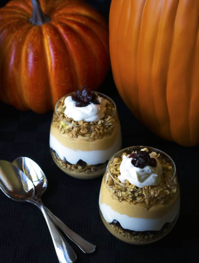 Pumpkin Cheesecake Mousse Parfaits | Satisfy your sweet tooth with these Pumpkin Cheesecake Mousse Parfaits. Super easy to make and delicious to eat, these will be your new fall favorite! | Pack Momma