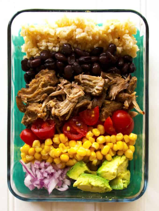 Carnitas Lunch Bowls (Meal Prep) | Carnitas Lunch Bowls (Meal Prep) are the perfect way to way to prep for the week with these healthy lunch bowls! Healthy, high protein and so nutritious! | Pack Momma | www.packmomma.com