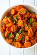 Honey Glazed Spicy Carrots | Honey Glazed Spicy Carrots are sweet with just a hint of spicy and they make the perfect accompaniment to any meal. Talk about the perfect side dish! | Pack Momma | https://www.packmomma.com