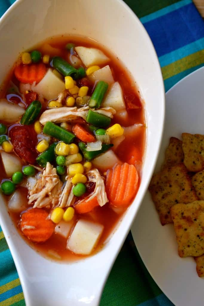Springtime Vegetable Soup | Springtime Vegetable Soup is a delicious blend of sweet vegetables, chicken and a light savory broth. The perfect healthy alternative to enjoy and share. | Pack Momma | www.packmomma.com