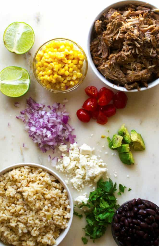 Carnitas Lunch Bowls (Meal Prep) | Carnitas Lunch Bowls (Meal Prep) are the perfect way to way to prep for the week with these healthy lunch bowls! Healthy, high protein and so nutritious! | Pack Momma | https://www.packmomma.com