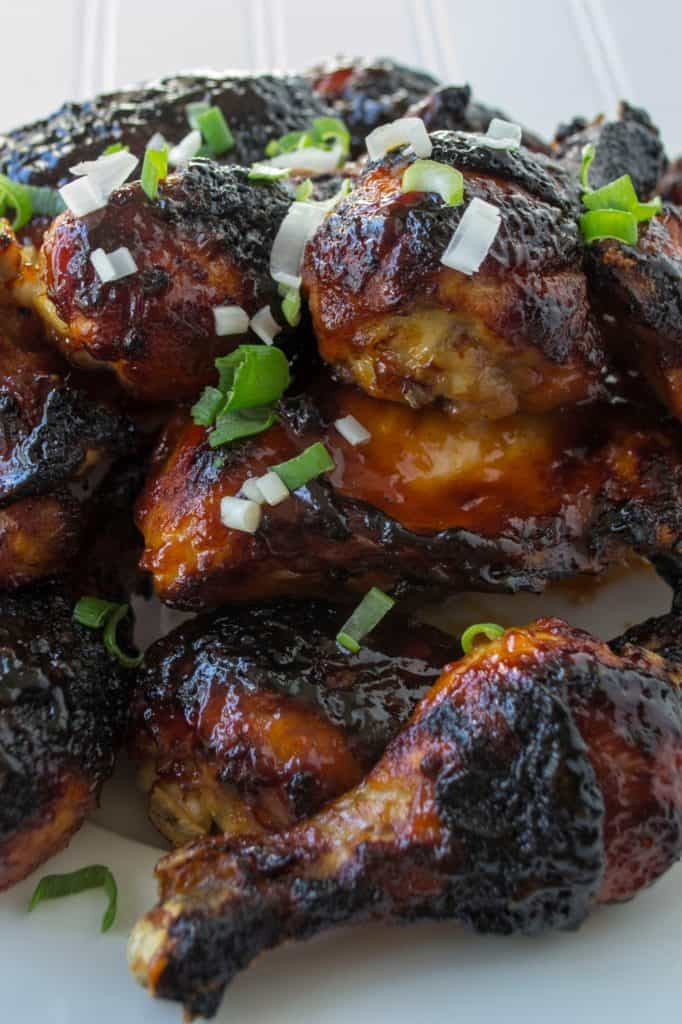 BBQ Spicy Orange Chicken | BBQ Spicy Orange Chicken is the perfect combination of tangy and spicy and is guaranteed to make your BBQ chicken the star of any backyard get together. | Pack Momma | https://www.packmomma.com